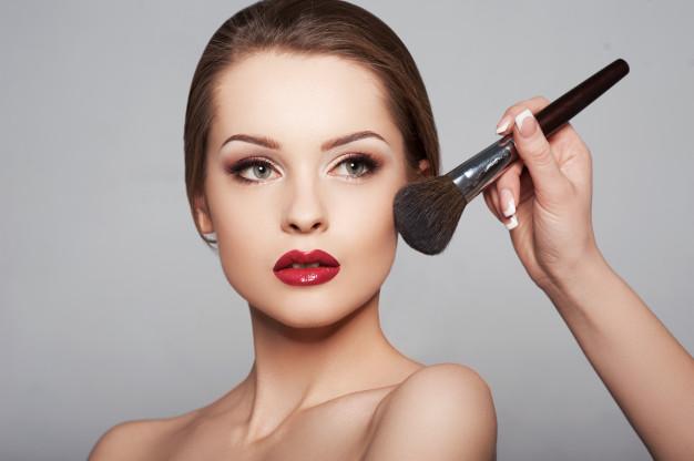 Errores de maquillajes en Nochevieja