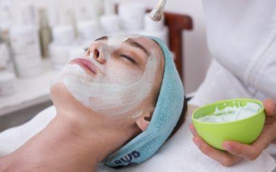 Prepara la piel para el invierno con este pack de regeneración facial.