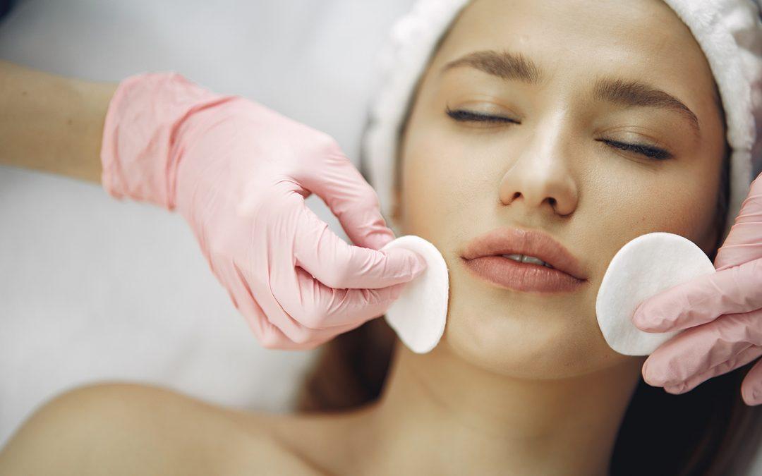 Promoción noviembre: 2 higienes faciales por 40€